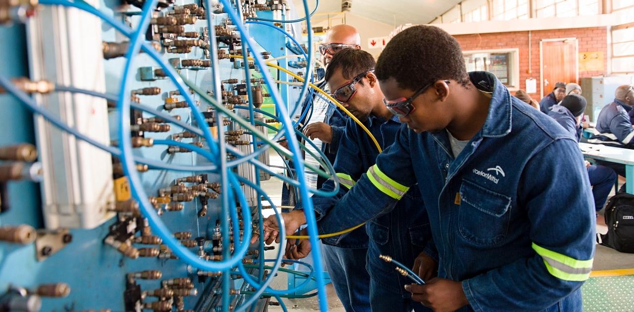 engineering majuba millwright fitter college tvet field mechanician electro artisan career za edu courses